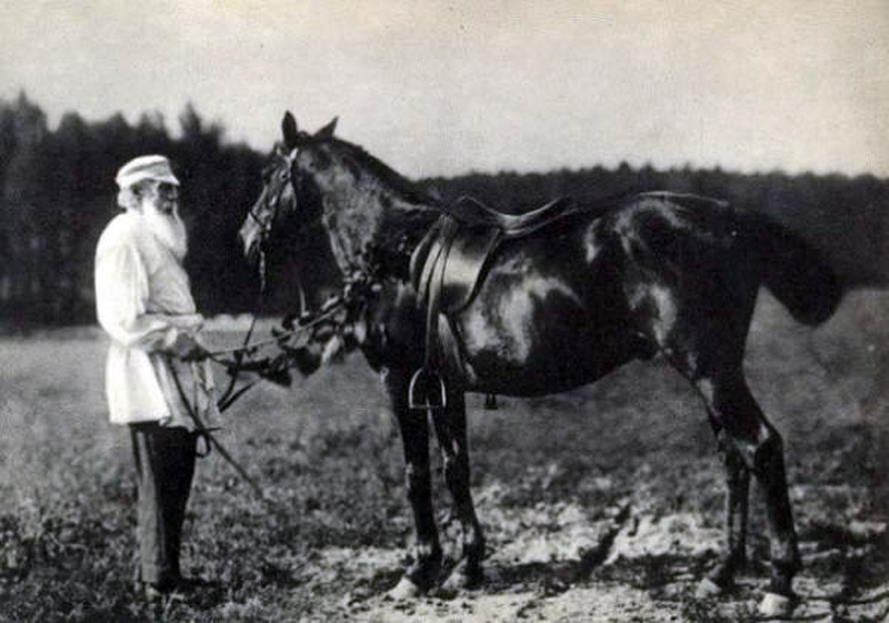 Лев Толстой с Делиром