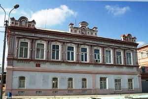 Дом купца Федорова  (Безрукова). Ныне здание военкомата