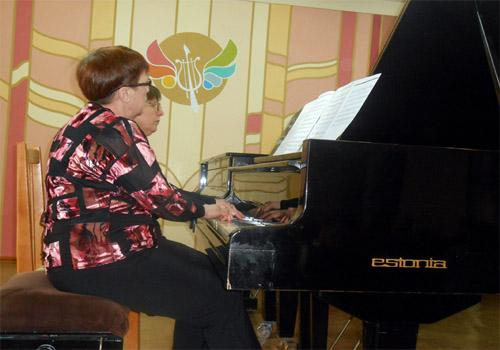 """Исполнители за концертным роялем """"Эстония"""""""